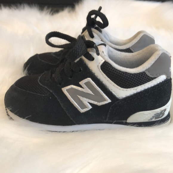 brand new f3667 170ac Navy Blue and Grey 574 Core New Balance
